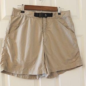 Mountain Hardwear shorts size 10